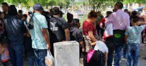 Tras tiroteo, salvan a 79 migrantes