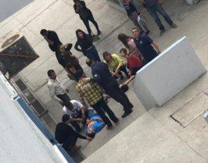 Estudiante de Monterrey se lanza de un segundo piso