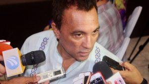 Escándalo en Colima; renuncia tras asalto Secretario de Turismo