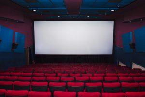 Cine familiar proyectará película para adultos por primera vez