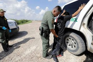 Muere otro migrante bajo custodia de EU