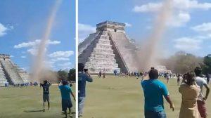VIDEO: Torbellino sorprende a turistas en la pirámide de Chichén Itzá