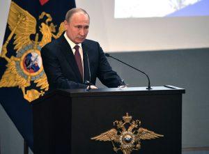 Putin firma decreto que suspende pacto nuclear