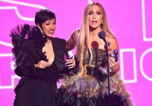 Jennifer Lopez y Cardi B serán 'strippers' en nueva película
