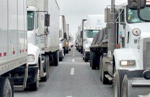 Vuelven agentes a puentes de Laredo