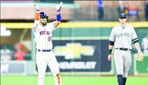 Remontan Astros a Yanquis