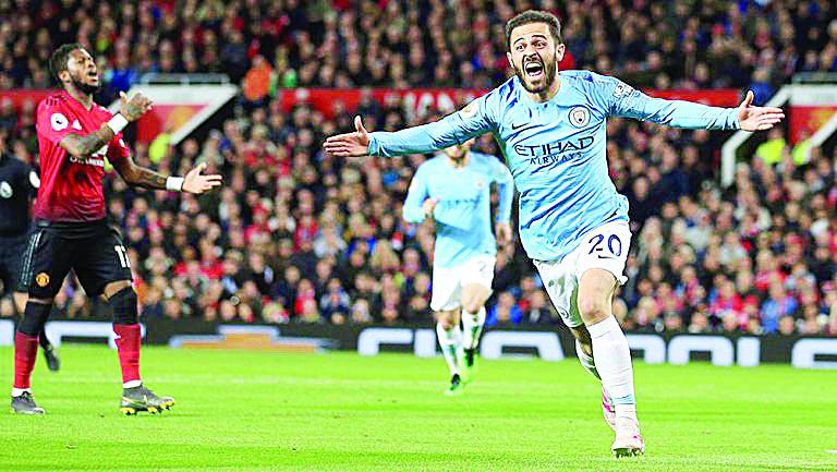 MANCHESTER CITY vence en el 'clásico' al United