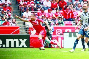 Toluca golea a los Rayados de Monterrey y aspira a la liguilla