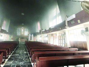 Tres incendios; uno en iglesia