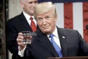 Se burla Trump de reporte Mueller