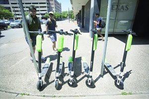 Empresas ya pueden ofrecer servicio de renta de scooters
