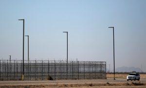 Muere mexicano que estaba en custodia de agentes fronterizos de EU