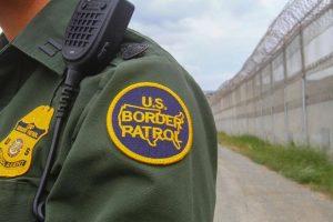 Agente de la BP atropella a 2 motociclistas en Laredo