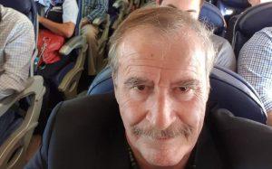 Vicente Fox se pasea en pijama por hotel de Las Vegas