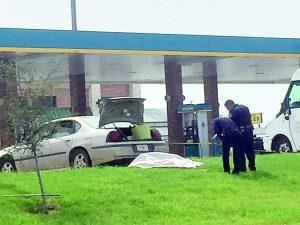 Se suicida frente a gasolinera