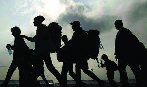 Desborda a CBP oleada migrante