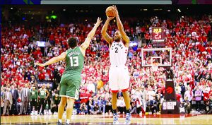 Reviven Raptors ante Milwaukee