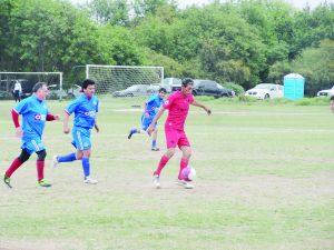 Deportivo Nolasco vence a los amigos  y mantiene su paso en la Liga de veteranos