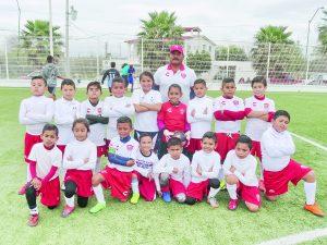 Alumnos de la escuela Rayos se reportaron listos para disputar la Copa Necaxa en Aguascalientes