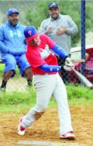 El beisbol corre por sus venas