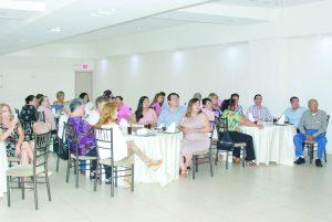 Homenaje de Morena para maestros de NLD