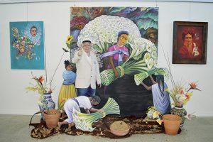 Comparte Arturo Nochebuena su color