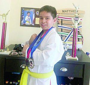 El Taekwondoín laredense Matthew Mendoza va por todo a competencia nacional en Minnesota