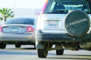Rechazan regularización masiva de autos 'chuecos'