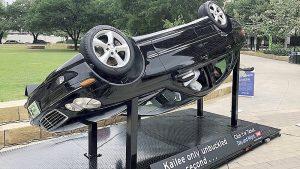 Casi mil muertos en Texas al no traer cinturón
