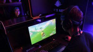 ¿El empleo soñado?: empresa ofrece mil dólares por jugar Fortnite