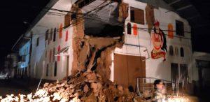 Un fuerte terremoto de magnitud 8 en Perú sacude también Colombia