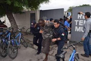 Disturbios en el albergue municipal termina con el arresto de tres africanos