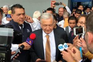 Encabeza AMLO firma de convenio de movilidad en Monterrey