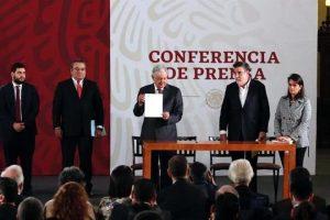 Condonaron FCH y EPN 400 mil millones de pesos en impuestos