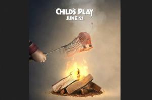 Chucky incinera a Slinky de 'Toy Story' en su nuevo póster