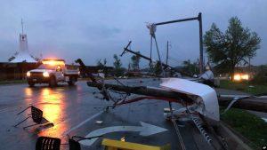 Violento tornado deja 3 muertos en Missouri