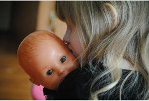 Conoce la leyenda de la niña con cabeza de muñeca