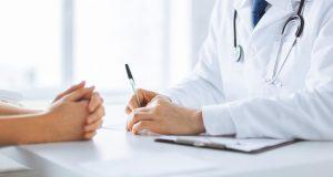Trafica médico con  salud de pacientes