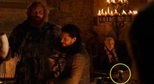 Se burlan por vaso de café en Game of Thrones