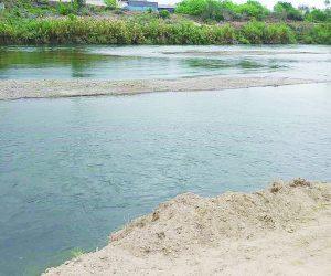 Baja el nivel del río Bravo