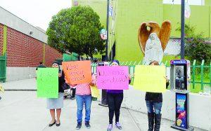 Piden denunciar a oncólogo del IMSS