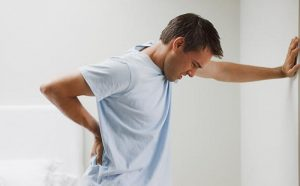 ¿El dolor de espalda puede ser señal de muerte prematura?