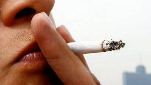 Elevan edad para  consumir tabaco en Texas