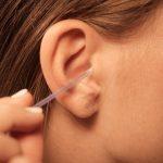 ¿Por qué sientes placer al limpiarte los oídos?