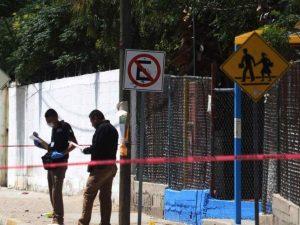 Bala perdida mata a niña en su graduación de Kinder, iban por un padre