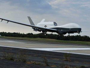 Trump amenaza a Irán tras derribar dron de Estados Unidos
