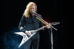 Diagnostican cáncer a líder de Megadeth