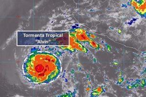 Se forma tormenta 'Alvin' en el Pacífico