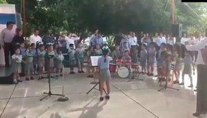 VIDEO: Niños de kínder tocando la banda dominguera en Ciudad Victoria