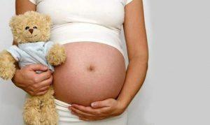 Atienden a 3 menores de 19 años embarazadas